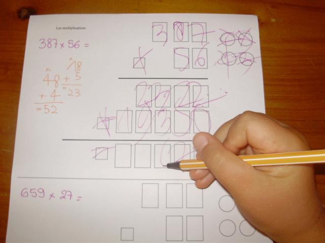 Multiplications le petit roi enfant autiste for Multiplication pour enfant